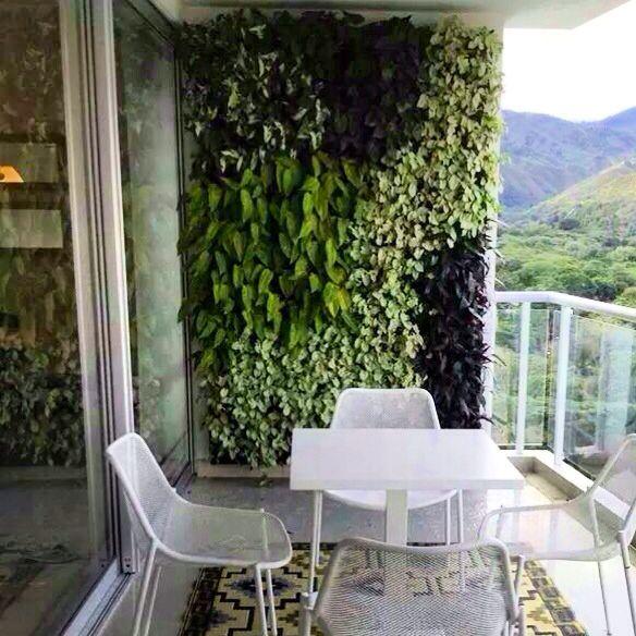 C mo hacer un jard n vertical para tu balc n noticias - Como hacer un jardin vertical de interior ...
