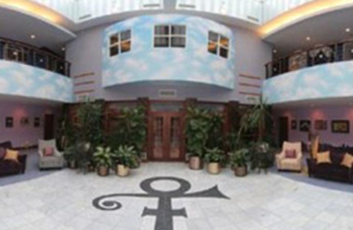 Descubre la mansión privada en la que Prince producía sus canciones