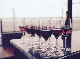¿Cómo conservar vinos en casa?